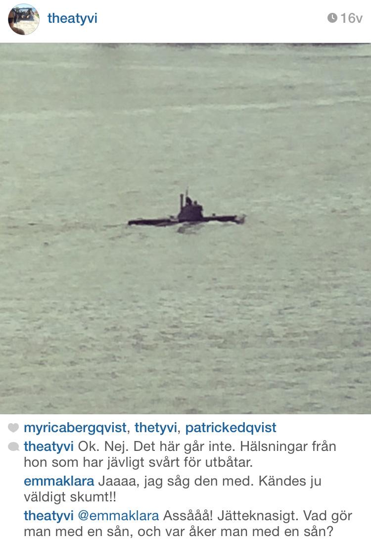 Ubåt utanför Fotografiska