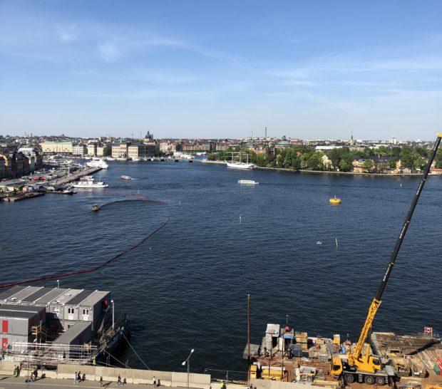 Utsikt över Skeppsbron, Skeppsholmen och city, Stockholm, sett från Slussen